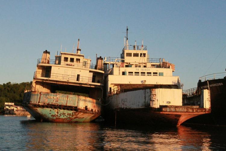 Ferries Monte Serrat e Ipuaçu apresentam impactos da ação do tempo - Foto: Tiago Caldas | Ag. A TARDE