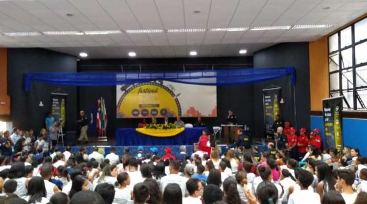 Evento aconteceu no auditório do Colégio Modelo Luis Eduardo Magalhães, em Itaberaba - Foto: Divulgação | PRF-BA