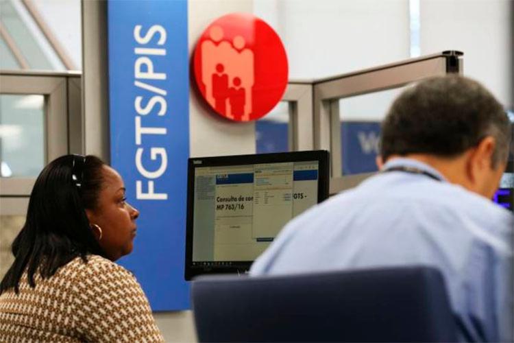 Caixa tenta impulsionar consignado com garantia do FGTS - Foto: Reprodução