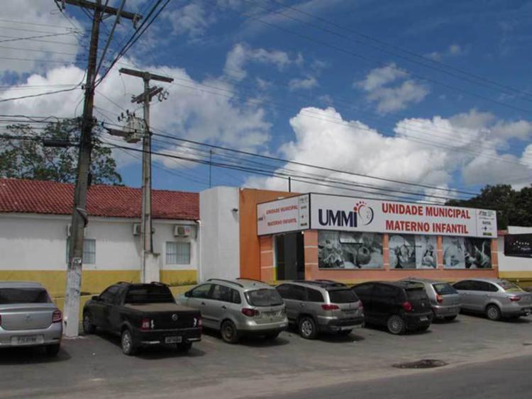 A Unidade Municipal Materno Infantil em Teixeira de Freitas foi uma das vítimas da falsificação - Foto: Reprodução | Google Maps
