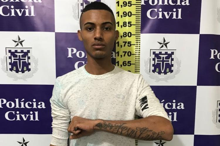Suspeito possuía três mandados em aberto por roubo, expedidos pela Vara Criminal de Uberaba - Foto: Divulgação | PM-BA
