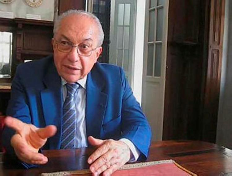 Educador e escritor e ex- diretor geral do Jornal A TARDE Edivaldo Boaventura - Foto: Divulgação | ALB