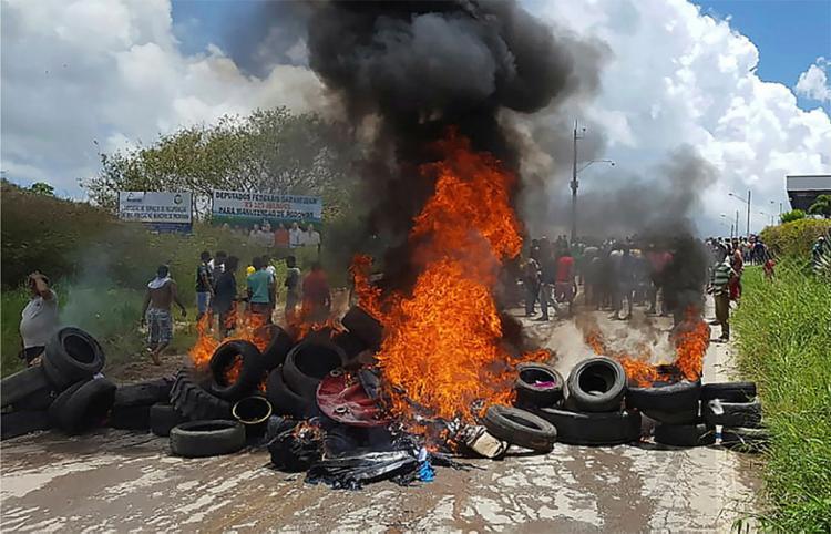 Em Pacaraima, moradores fizeram manifestação contra imigrantes - Foto: Isac Dantes l AFP