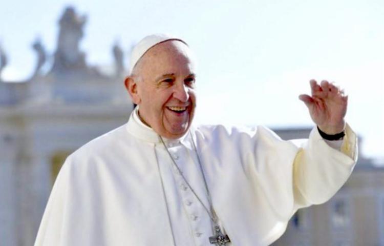 Papa Francisco recebeu no Vaticano, mãe da ativista brasileira, Marinette Silva - Foto: Divulgação | L'Osservatore © Romano
