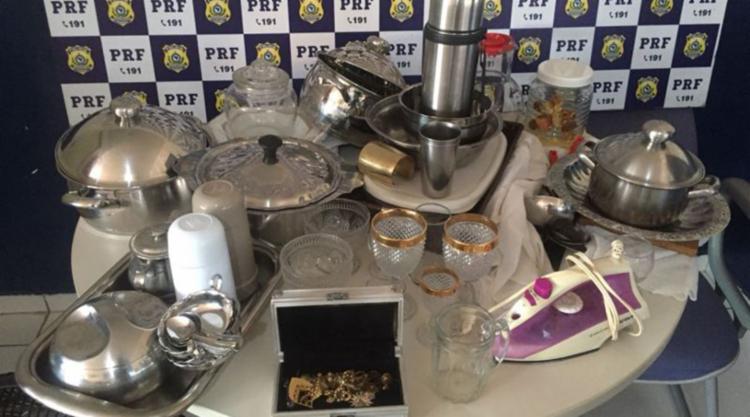 Objetos foram recuperados pela polícia na cidade de Paulo Afonso - Foto: Divulgação   PRF