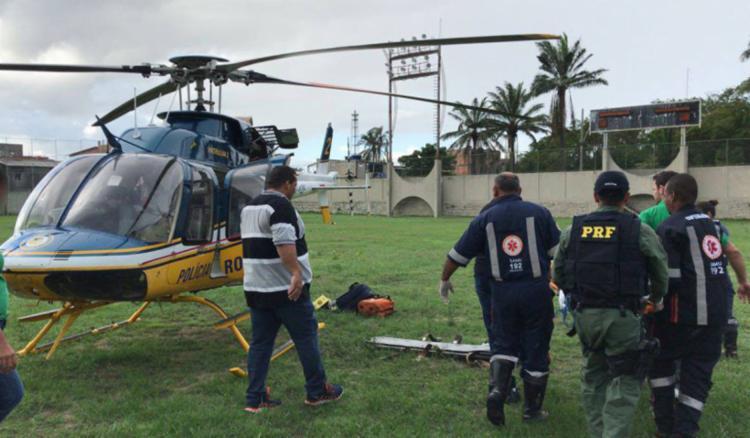 A PRF realizou uma simulação de resgate aeromédico mostrando como funciona o processo e policiamento - Foto: Divulgação | PRF