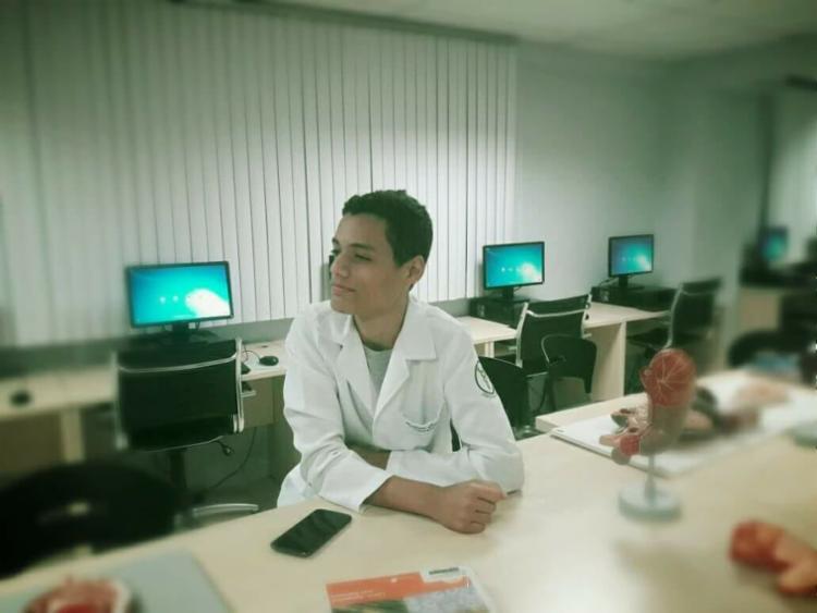 Andrew Casaes é estudante do 4º semestre de Fisioterapia - Foto: Divulgação