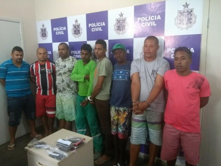 Mandados de prisão foram cumpridos no Conjunto Prisional da cidade e em endereços utilizados pela organização criminosa 'Raio A' - Foto: Divulgação l SSP-BA