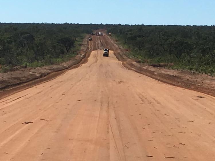 São 63 km de rodovia recuperadas, entre as cidades de Cocos, na Bahia, e Mambaí, em Goiás - Foto: Divulgação