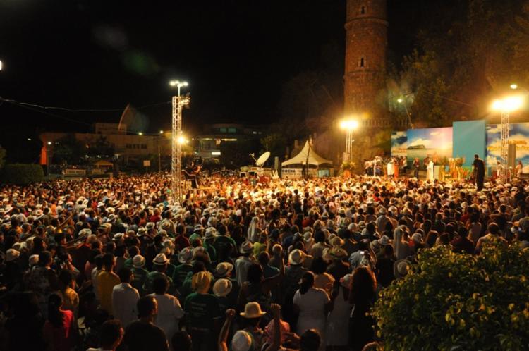 Festa atrai milhares de visitantes à cidade, conhecida como capital baiana da fé - Foto: Rita Barreto | Divulgação