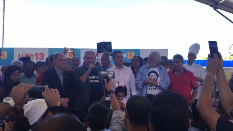 O candidato chamou o DEM, PSDB e o presidente de Michel Temer de