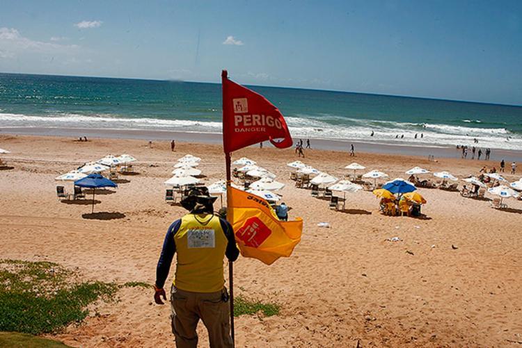 Salva-vidas reivindicam concurso público - Foto: Marco Aurélio Martins   Ag. A TARDE