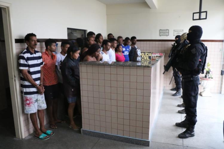 Presos integravam uma quadrilha que atuava na Chapada com tráfico, homicídios e roubos - Foto: Alberto Maraux | Divulgação | SSP-BA