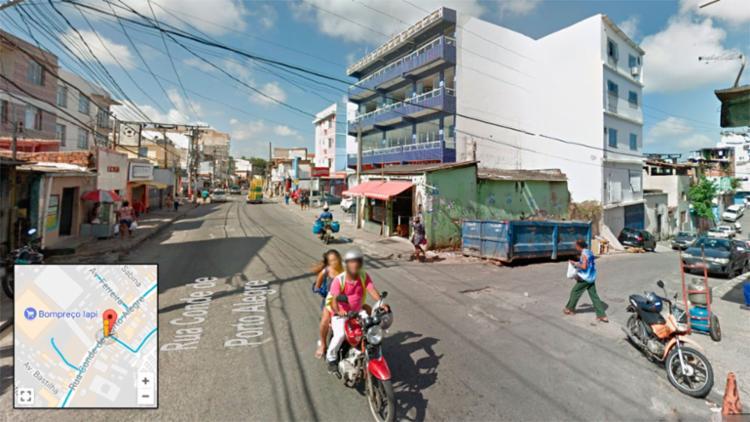 Dois estavam mortos na rua Vila Antônio Balbino, uma transversal da rua Conde de Porto Alegre - Foto: Reprodução | Google Maps