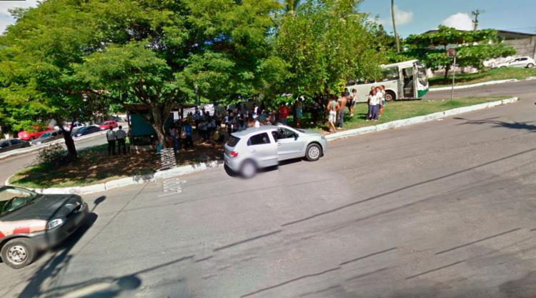 Final de linha do bairro foi improvisado no largo do Queimadinho, na Caixa D'Água - Foto: Reprodução | Google Maps