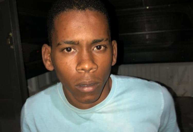 Darlan estava com 1,5 kg de crack,10 pinos de cocaína e porções de maconha - Foto: Divulgação   SSP-BA