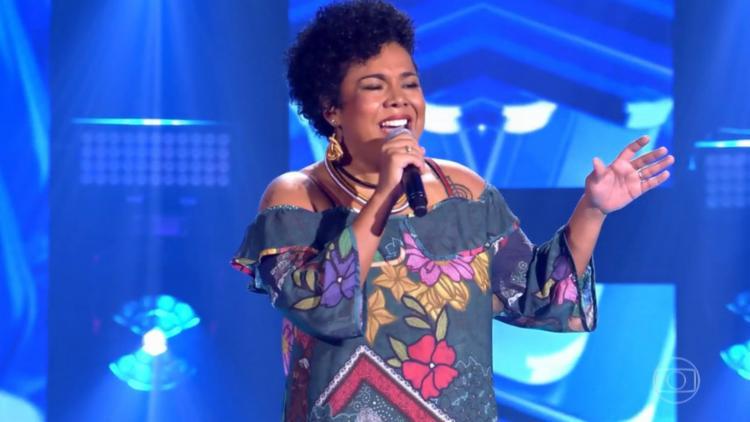 Lulu Santos possui apenas uma baiana em seu time: Raíssa, que cantou