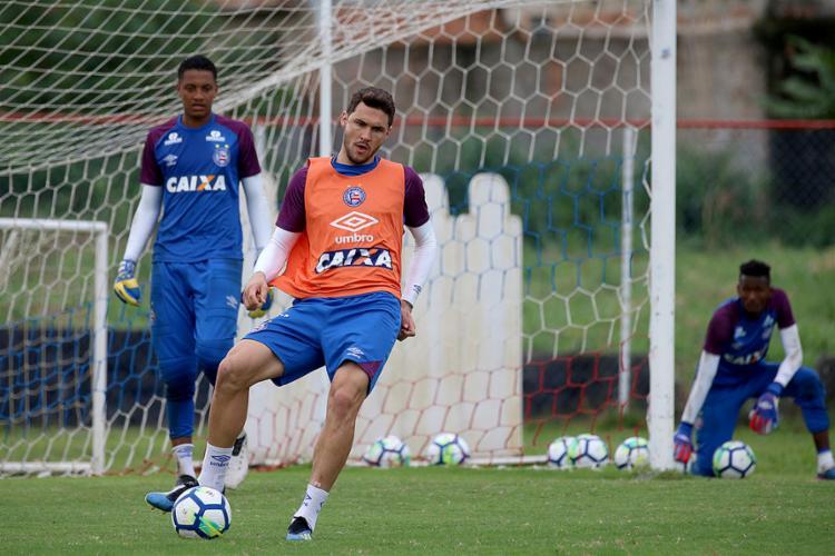 Zagueiro Tiago retorna de suspensão e encara o Colorado - Foto: Felipe Oliveira l EC Bahia