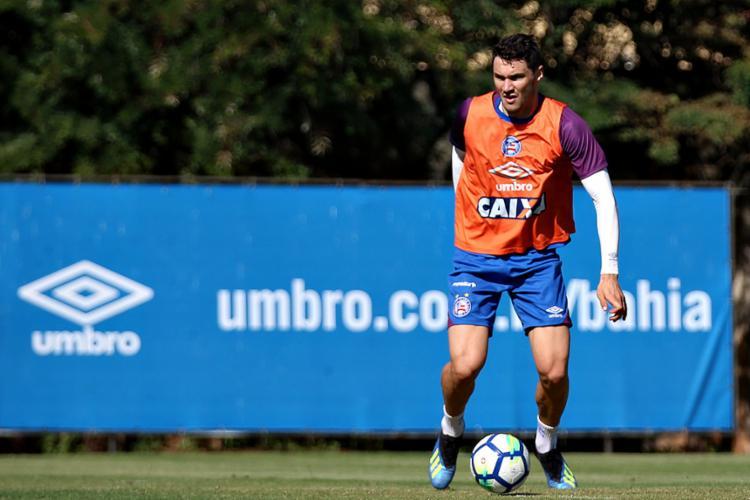 Zagueiro se recuperou de lesão e está liberado para atuar no domingo - Foto: Felipe Oliveira l EC Bahia