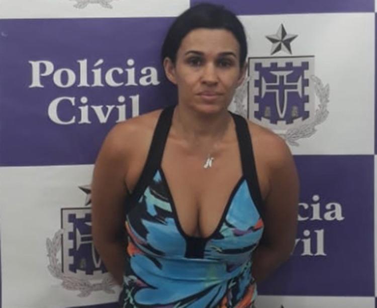 Naiana foi afastada do cargo o de funcionaria municipal em maio, quando conseguiu escapar da polícia - Foto: Divulgação | SSP-BA