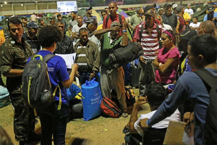 Número foi acertado pela comissão interministerial enviada a Roraima; ainda não há definição sobre as cidades que receberão os estrangeiros - Foto: Antonio Cruz l Agência Brasil