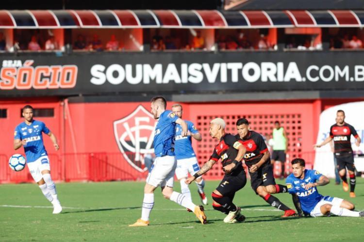 Vitória e Cruzeiro se enfrentam no Barradão, em Salvador - Foto: Margarida Neide | Ag. A TARDE