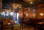 Loja de cerveja tem 300 rótulos com preços que variam entre R$ 10 e R$ 450 | Foto: Shirley Stolze / Ag A Tarde