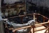 Homem põe fogo em casa após agredir neto em Alagoinhas | Foto: Miranda de Lima | Reprodução | site Alta Pressão