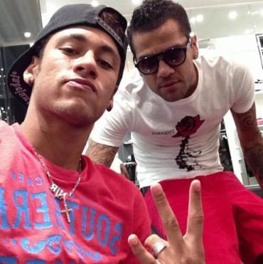 Daniel Alves também acredita que o amadurecimento de Neymar será natural - Foto: Reprodução | Instagram