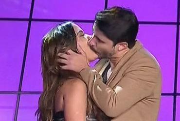 Cantora Anitta é destaque e ganha beijo no palco do Prêmio Multishow | Reprodução