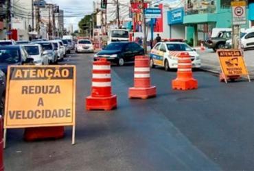 Concretagem em via exclusiva de ônibus causa lentidão na av. Paulo VI | Divulgação | Transalvador