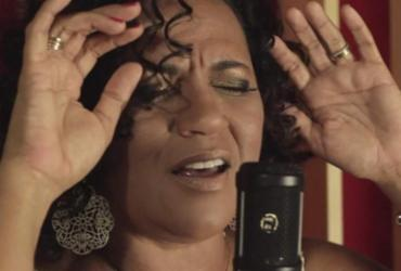 Cyntia Ribeiro canta Tom Jobim em show nessa quinta |