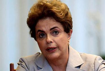 Dilma Rousseff faz procedimento para desobstruir artéria do coração |
