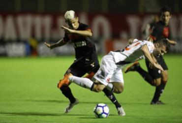 Veja os lances de Vitória 1 x 0 Vasco |