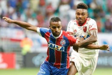 Com camisa nova, Bahia só empata com o Flamengo na Fonte Nova | Margarida Neide | Ag. A TARDE