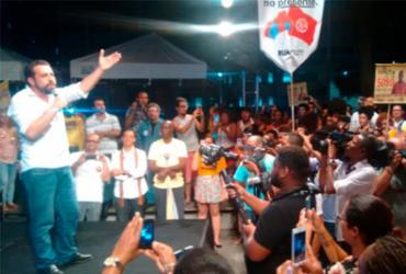 Após 4h de atraso, Boulos participa de comício para apoiadores na capital | Roy Rogers
