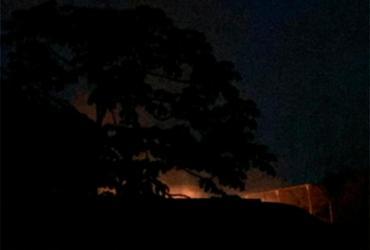 Incêndio atinge vegetação próxima de escola no Cabula | Cidadão Repórter