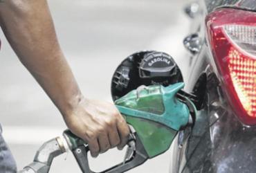 Gasolina aditivada vale a pena?   Luciano Carcará   Ag. A TARDE