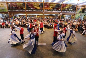 Oktoberfest em Blumenau – Vivendo a Alemanha no Brasil   Divulgação
