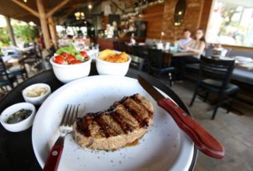 Restaurante em Stella Maris aposta em pratos da culinária argentina | Adilton Venegeroles / Ag. A TARDE