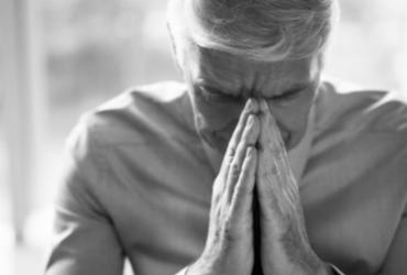 Setembro Amarelo: Os altos índices de suicídios entre os idosos | Foto: Freepik