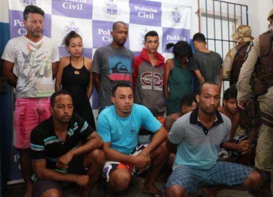 Adolescente é morto e 18 suspeitos são presos em operação no sul baiano | Alberto Maraux | SSP-BA