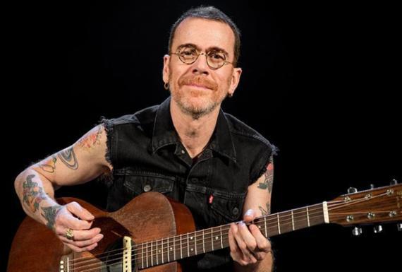 Nando Reis apresenta show 'Voz e Violão' na Concha Acústica do TCA   Carol Siqueira   Divulgação