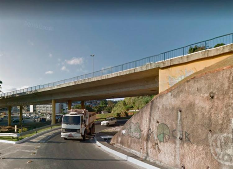 O crime aconteceu no viaduto Zumbi dos Palmares, no bairro do Retiro - Foto: Reprodução | Google Maps