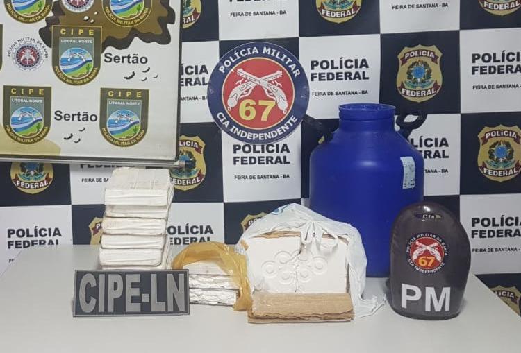 Ao todo, 47 kg de cocaína foram apreendidos em duas localidades de Feira de Santana - Foto: Divulgação | SSP-BA