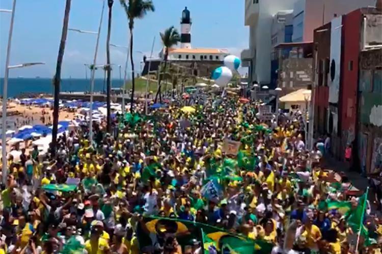 Mobilização na orla acontece um dia após a Marcha das Mulheres Contra Bolsonaro - Foto: Reprodução