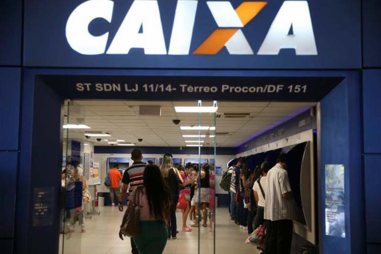 O uso do FGTS como garantia de empréstimo será fornecido pela Caixa - Foto: Agência Brasil