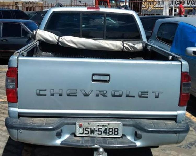 O carro teria sido roubado em dezembro de 2016, na cidade de Jequié (a 358 km da capital). - Foto: Divulgação l Polícia Civil