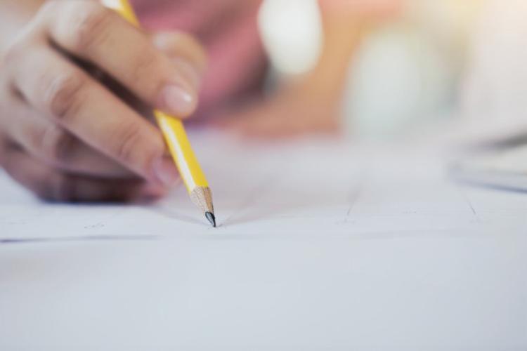 Candidatos terão cinco horas para concluir o exame - Foto: Divulgação | Freepik