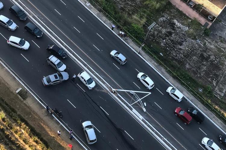 o acidente aconteceu por volta das 16h28 - Foto: Cidadão Repórter   Via Whatsapp